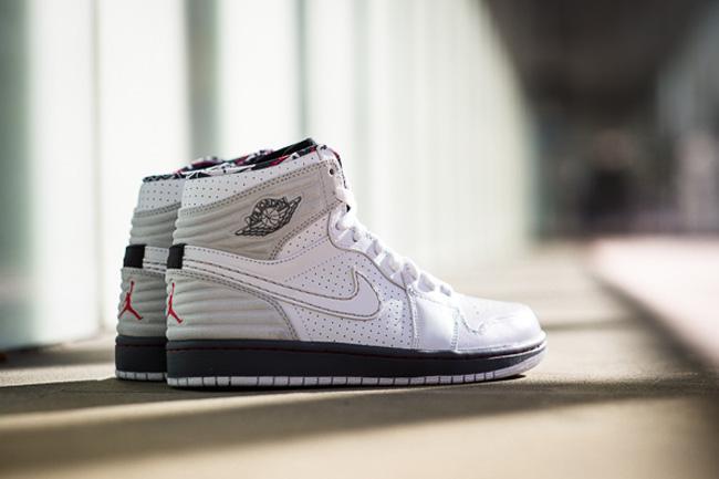 Jordan_Retro_One_Bugs_Sneaker_Politics_DSC_4000