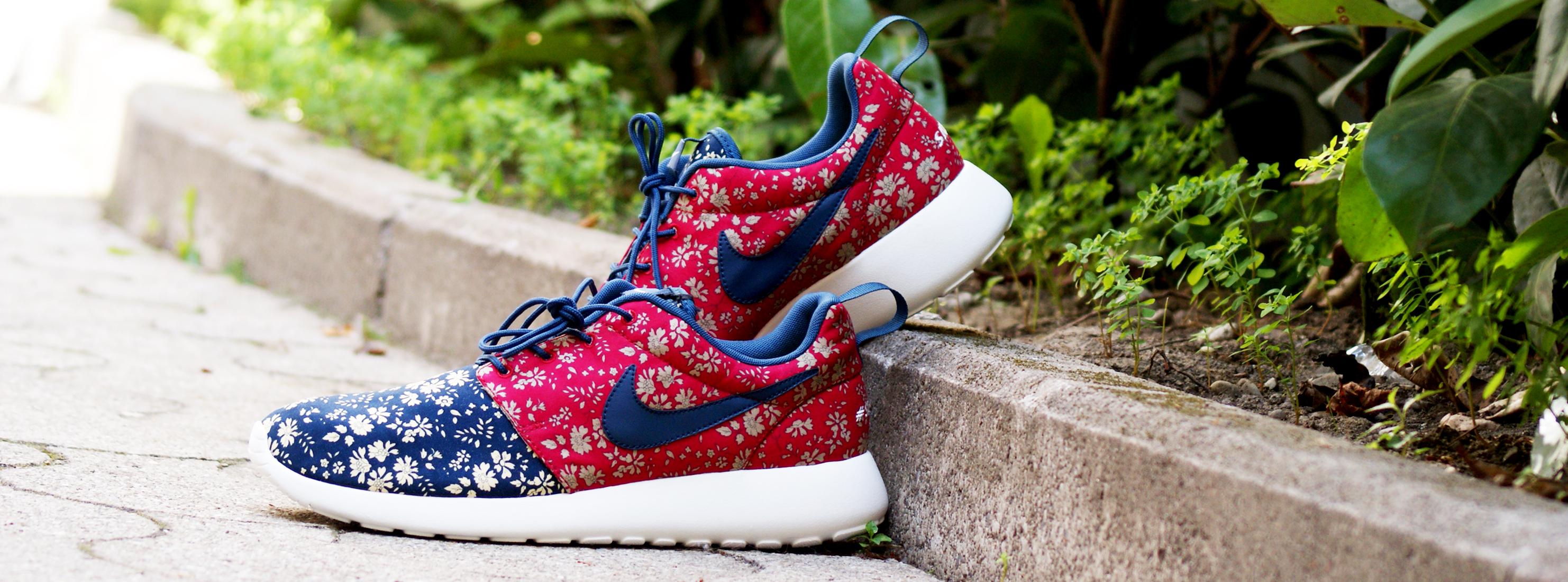 NIKE_ROSHE_RUN_PREMIUM_LIBERTY _iD_sneakerskills