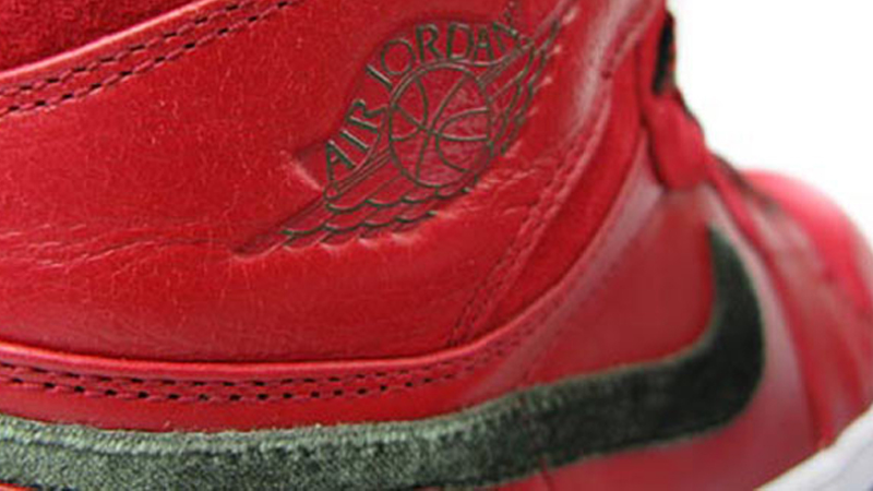 AIR_JORDAN1_RETRO_HI_PREMIER_sneakerskills_1