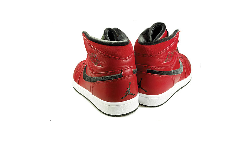 AIR_JORDAN1_RETRO_HI_PREMIER_sneakerskills_8