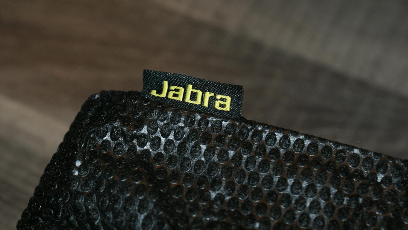 JABRA_SOLEMATE_sneakerskills