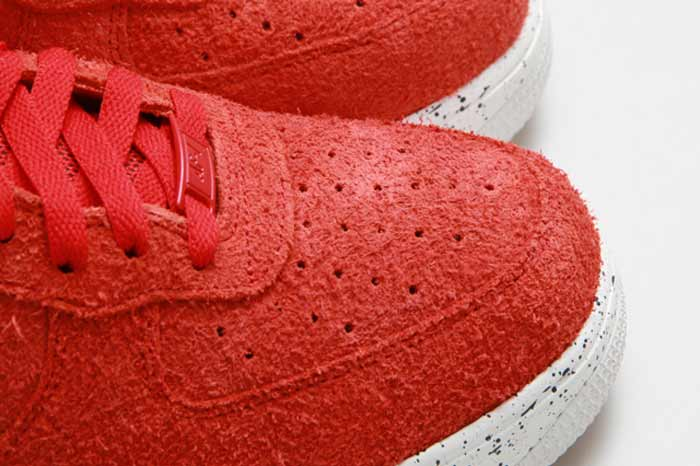 UNDEFEATED_NIKE_LUNAR_FORCE_7