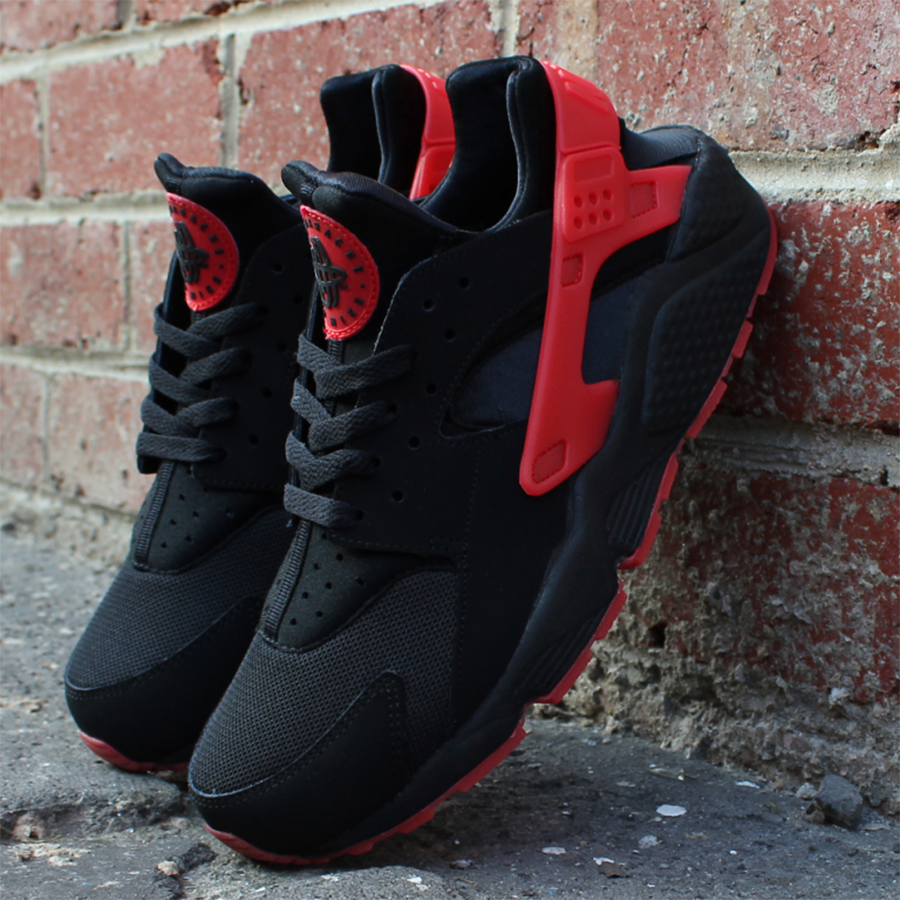 Nike-Air-Huarache-Love-Hate-Pack-1-4