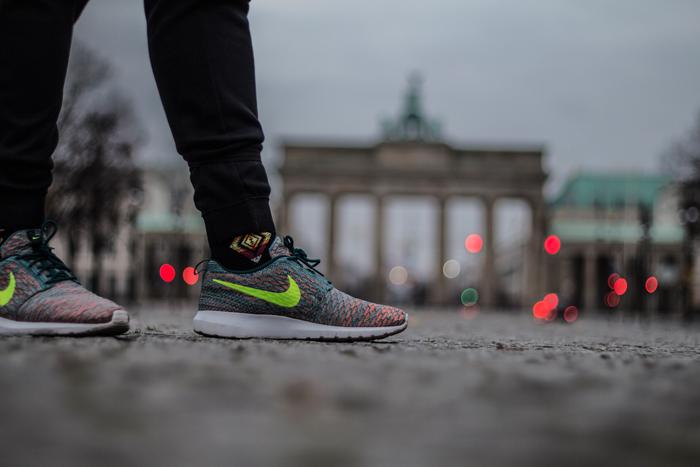 Berlin_2014_BrandenburgerTor_Rosherun_Flyknit_Minreal-Teal_18