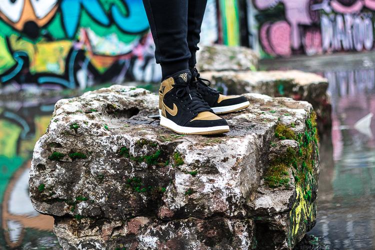 Air-Jordan-1-Melo-black-gold-Wiesbaden-Mainzer-Str_126