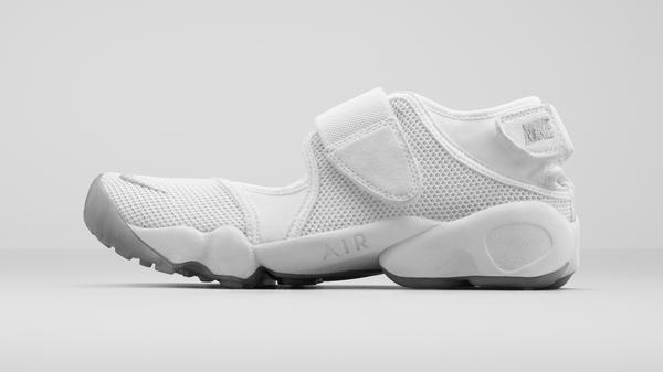 05_Nike_Air Rift_09042015