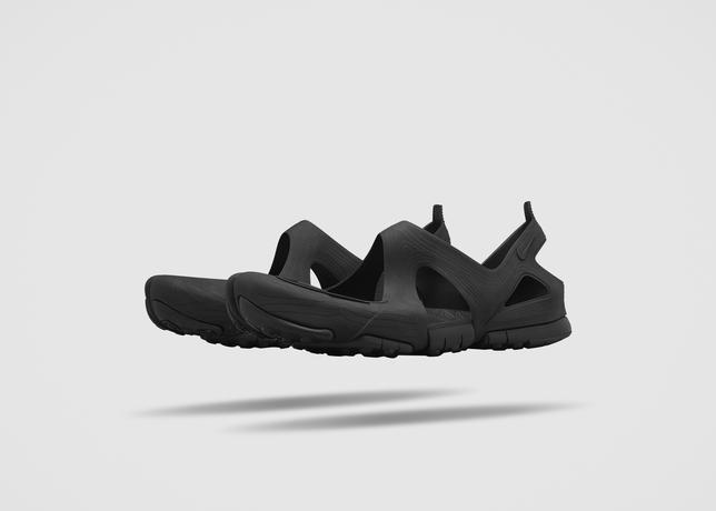 the-nikelab-free-rift-sandal-2