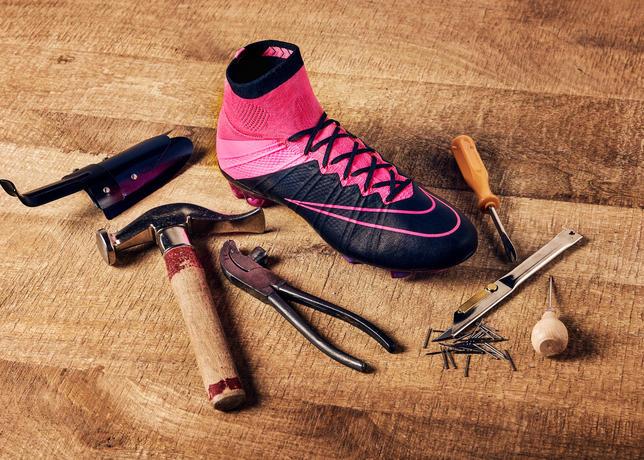 02_Nike_Tech Craft Football Boots_11082015