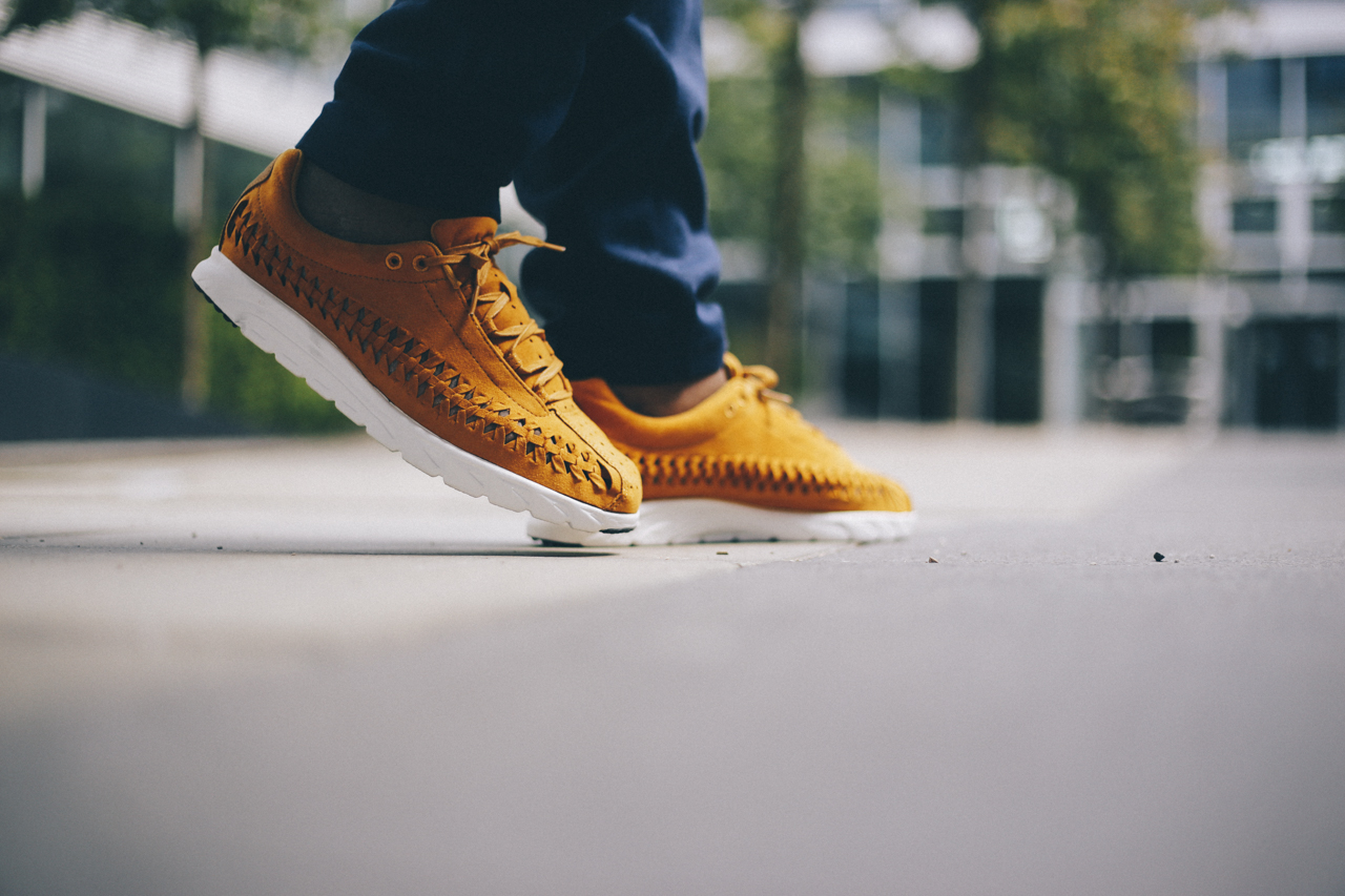 nike-mayfly-woven-curry-bstn-10
