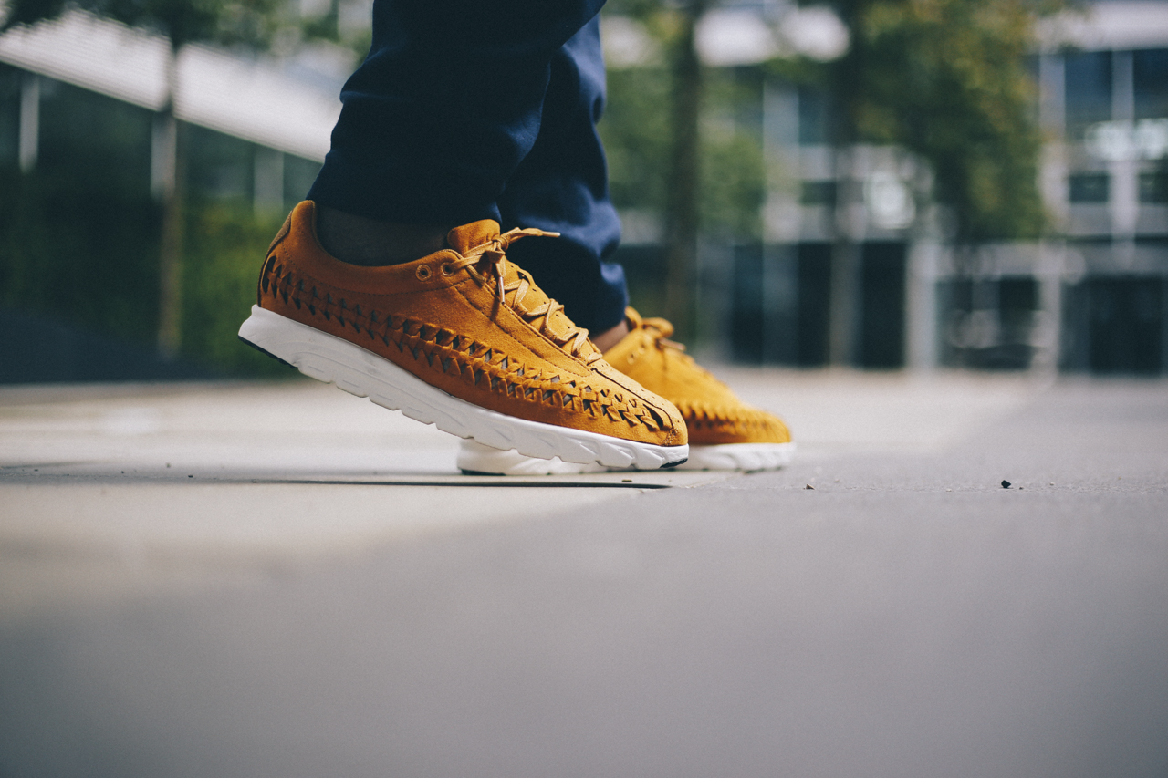 nike-mayfly-woven-curry-bstn-9