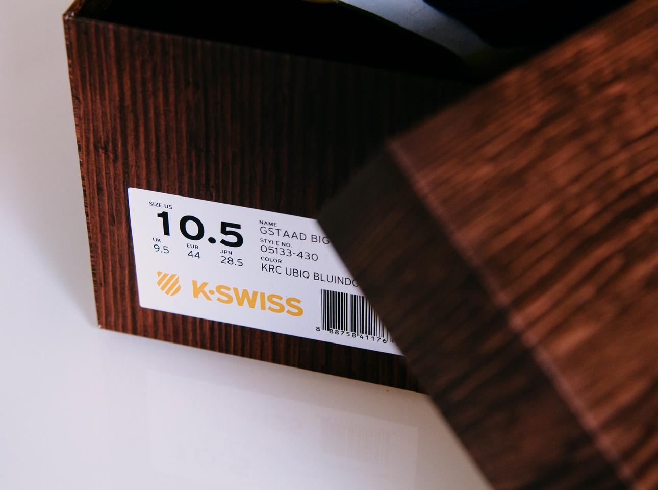 k-swiss-x-ubiq-sstaad-big-logo-14